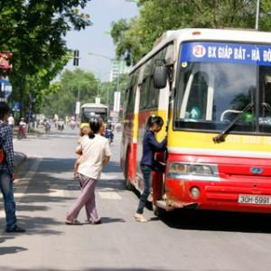 xe bus từ Bến xe Giáp Bát đến Đại học Mỏ